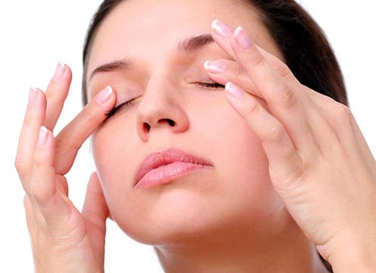 Resultado de imagen para masaje de párpados