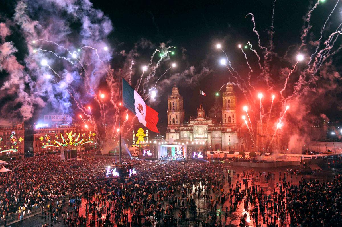 El Grito De México 208 Años De Independencia De México